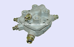 0438101010-|-0-438-101-010-Fuel-Distributor-👉-Regenerated-👈-Bosch-|-Mercedes-Benz   0438101010 / 0 438 101 010 Bosch